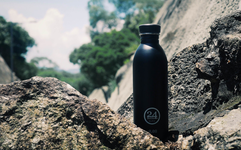 Urban Tuxedo Black 500ml Lookbook02