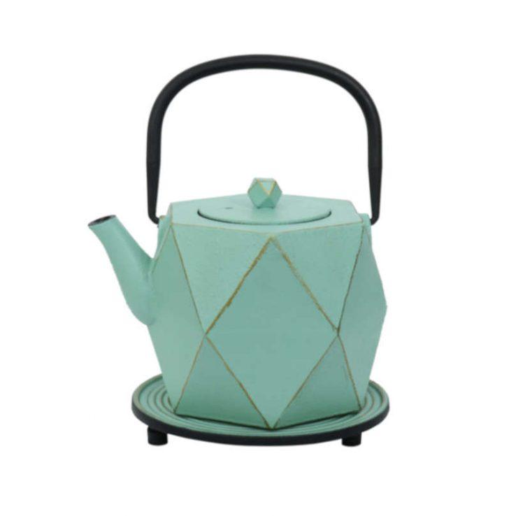 Teekanne aus Gusseisen Karo 800ml mint-gold