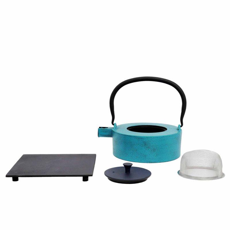 Teekanne aus Gusseisen 'HeiiNa' in Hellblau/Blau, 800ml - Lieferumfang