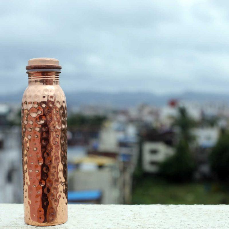 Kupferflasche gehaemmert 900ml Lookbook02