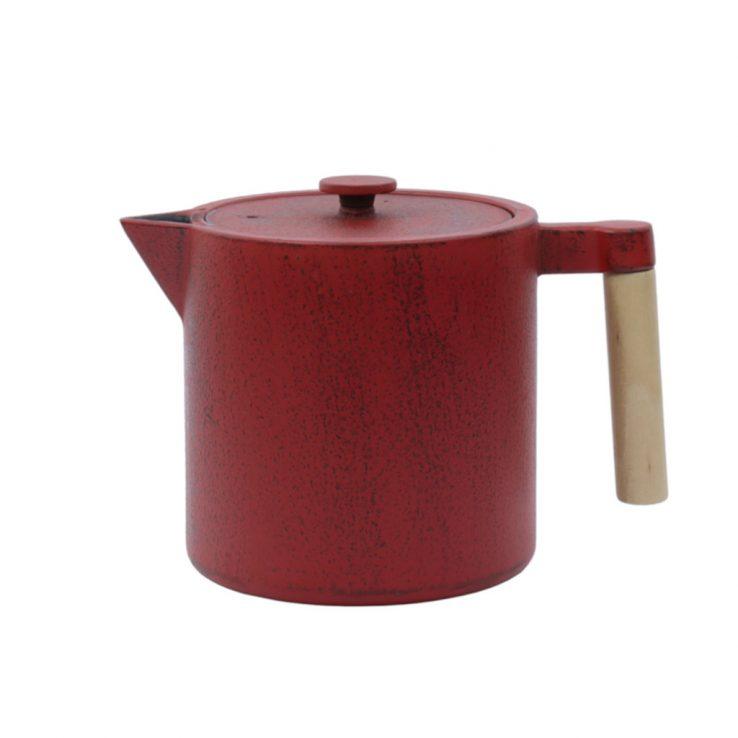 Teekanne aus Gusseisen Chiisana 800ml chili mit Deckel